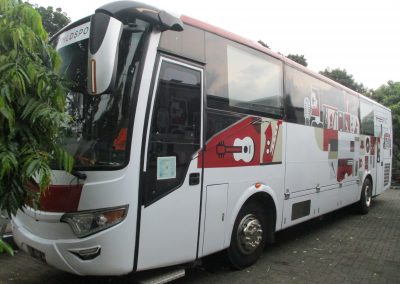Branding Bus Djarum MLD Spot White 01