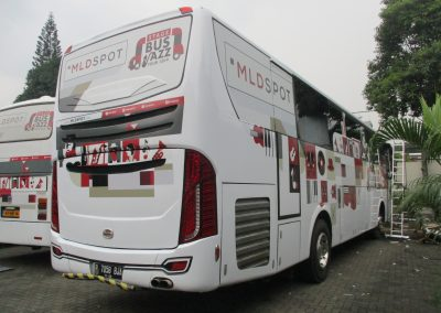 Branding Bus Djarum MLD Spot White 04