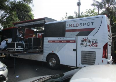 Branding Bus Djarum Stage Jazz 04