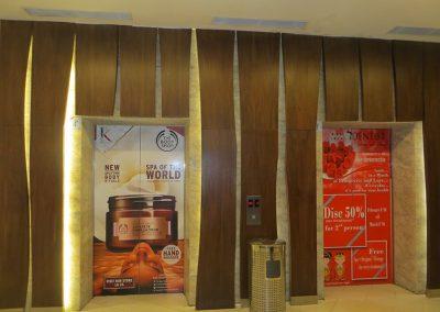 Office Branding - sticker lift 04